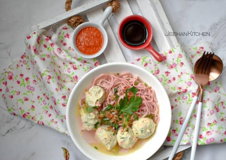 Resepi SIHAT:Mee & Bebola Ayam Sihat